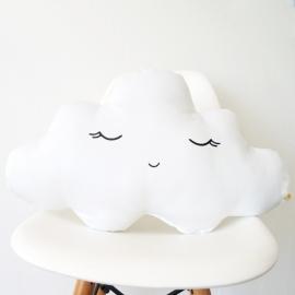 Cojín nube dormido